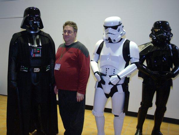 a fan + Darth Vader