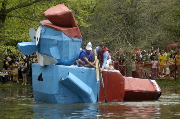 Papa Smurf on water