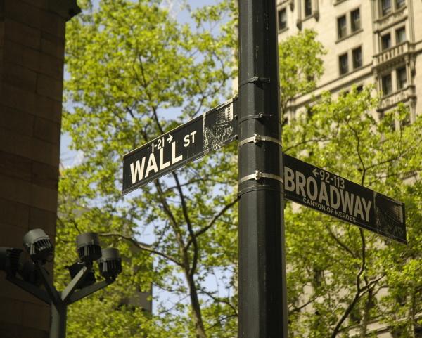 Wall St & Broadway